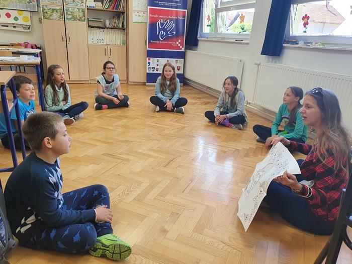 iaci 3. a 4. ročníka vysunutého pracoviska Základnej školy Josip Kozarac Josipovec Punitovsky v Jurjevci na dielni